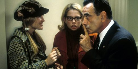 Kirsten Dunst, Michelle Williams, Dan Hedaya (Photo by Phoenix Pictures/Getty Images)