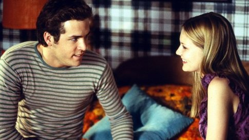 So groovy to see Ryan Reynolds and Kirsten Dunst early in their careers.